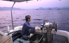 歌う漁師_03